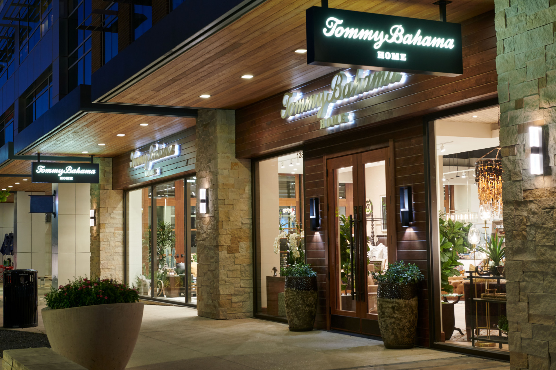 Tommy Bahama Store Front at Night